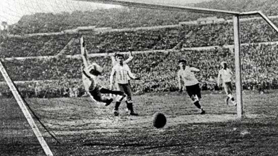 Copas do Mundo -Uruguai - 1930, Primeira Copa do Mundo Aconteceu no Uruguai